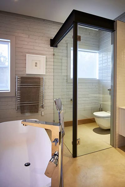 Radiant Glass Bl;ack-Framed Shower