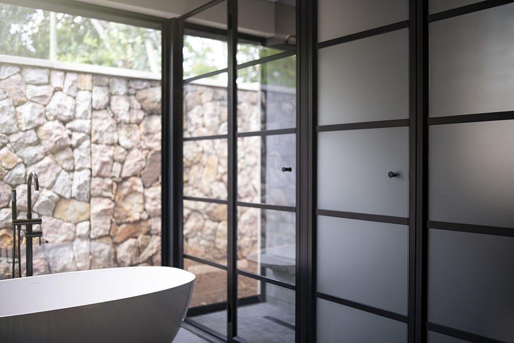 Customised Glass Frameless Showers